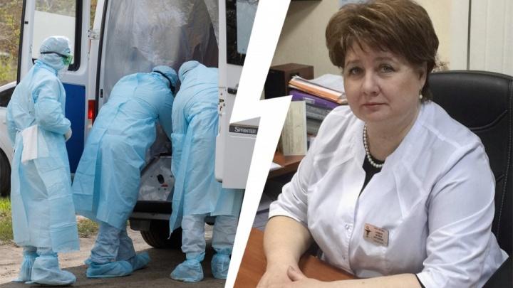 «Дочь и коллеги остаются на карантине»: в Волгограде проводят в последний путь главного врача поликлиники № 3