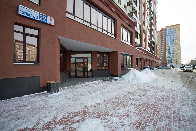 К коммерческим помещениям организован удобный подъезд со стороны улицы Готвальда
