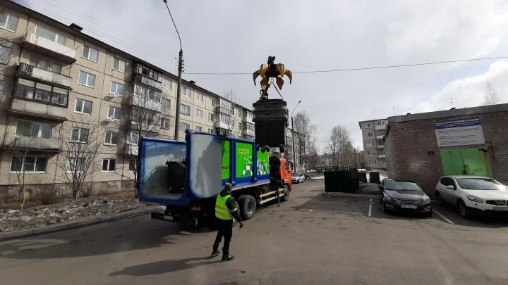 Мусорный перевозчик в Архангельске заявил о пропаже своих контейнеров