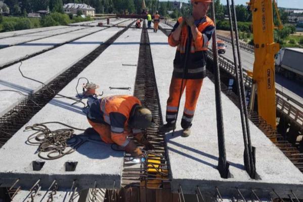 Закончить работы на мосту должны в конце 2020 года