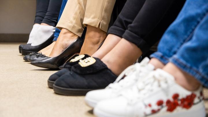 Какая обувь нас убивает? Топ самой опасной женской обуви глазами врача из Самары