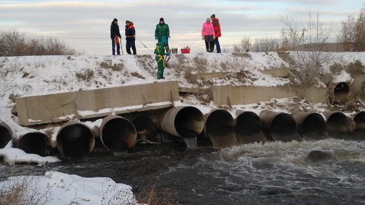 Челябинский металлургический комбинат обязали выплатить 47 миллионов за слив нечистот в реку Миасс