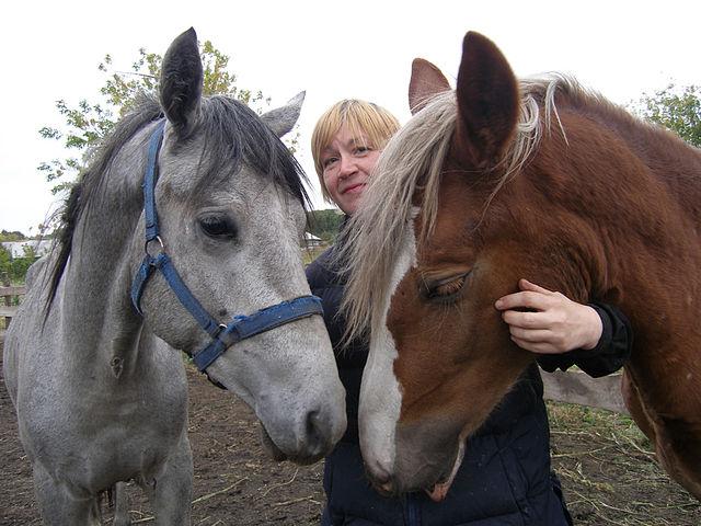 Любовь к лошадям внуку привила его бабушка Елена Тур