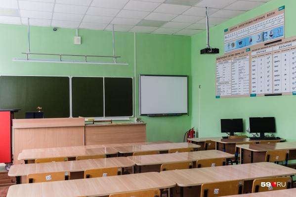 По словам Раисы Кассиной, осенью школьные кабинеты снова наполнятся детьми