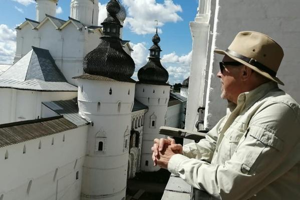 Андрей Макаревич оценил отреставрированные храмы