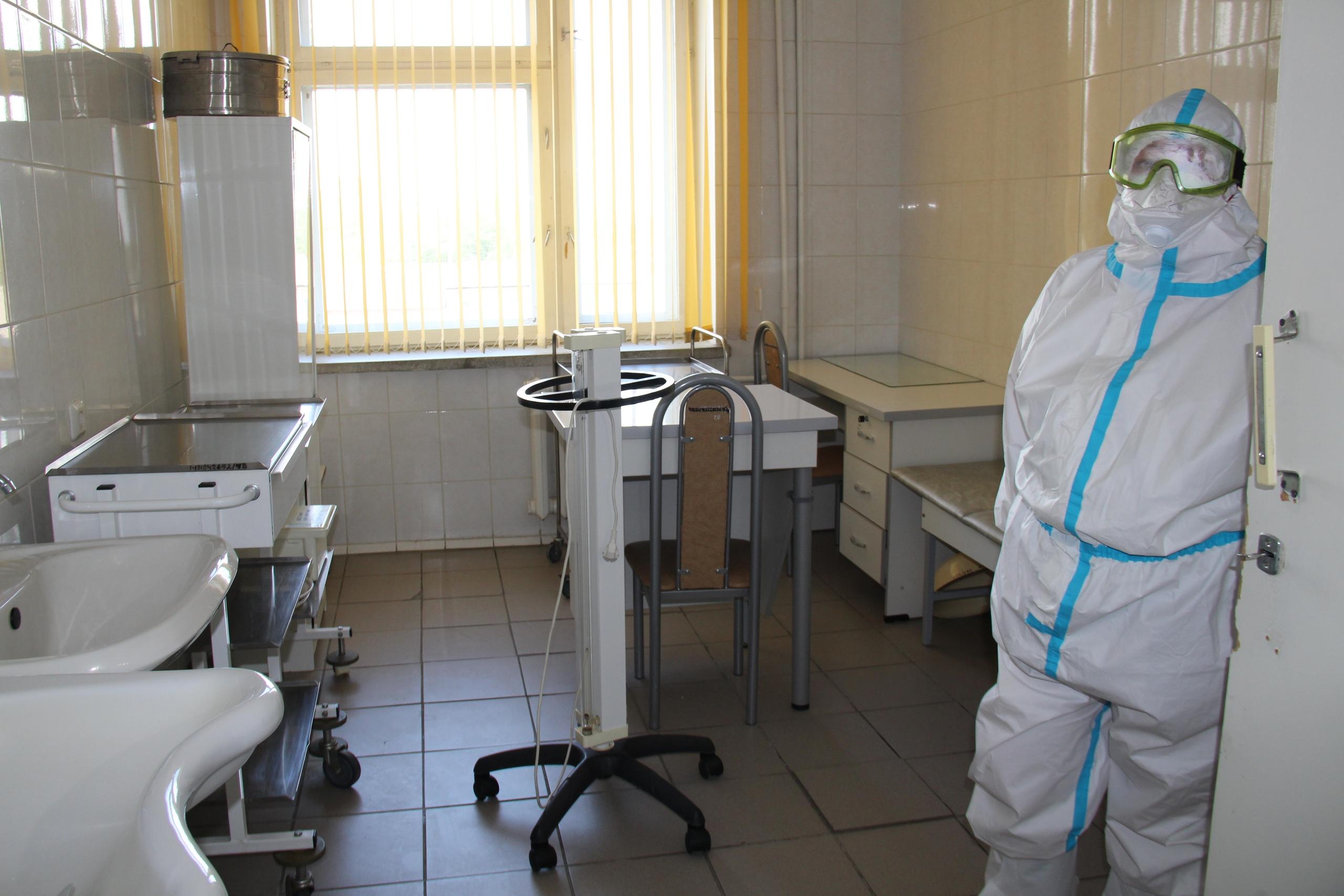 «Красной зоны» в каслинской больнице нет, сюда отправляют пациентов с двумя отрицательными тестами на COVID-19
