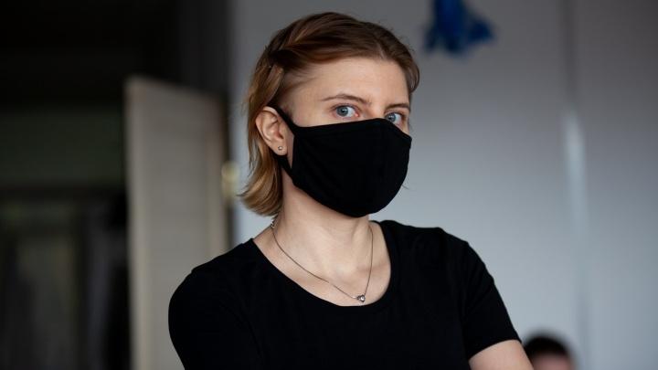 Бесплатные маски и районы без коронавируса: прямой эфир о ситуации с COVID-19 в Тюмени
