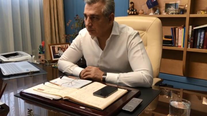 Как бизнесу пережить коронавирус: трансляция с экспертом тюменского штаба поддержки предпринимателей