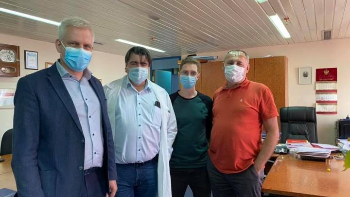 Врачи краевой больницы выехали в охваченный эпидемией коронавируса Норильск
