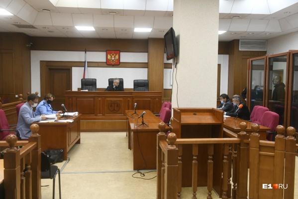 Родители убитых считают, что Александров должен им 30 миллионов рублей