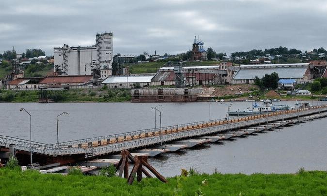 В Башкирии закрыли мост через реку Белую