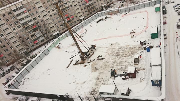«Зачем так нагло врать?» Колонка рассерженного соседа точечной застройки в центре Новосибирска