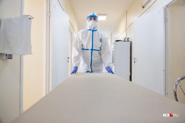 Медики пока продолжают фиксировать количество жертв коронавируса