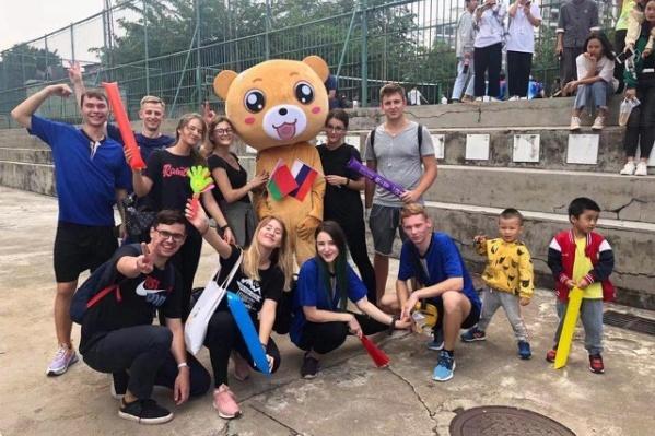 В Китае сейчас находятся около 400 российских студентов