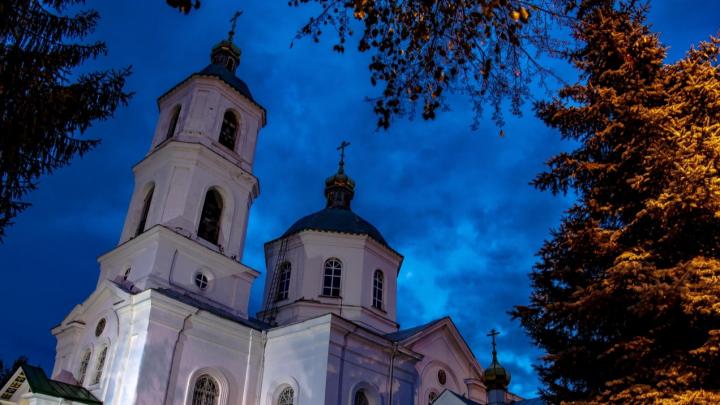 «Оммет» хочет поставить 16-этажную жилую «свечку» напротив собора на Тарской. Епархия против