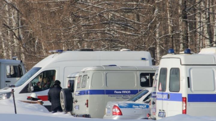 В Кизеле автомобиль сбил двух 12-летних девочек