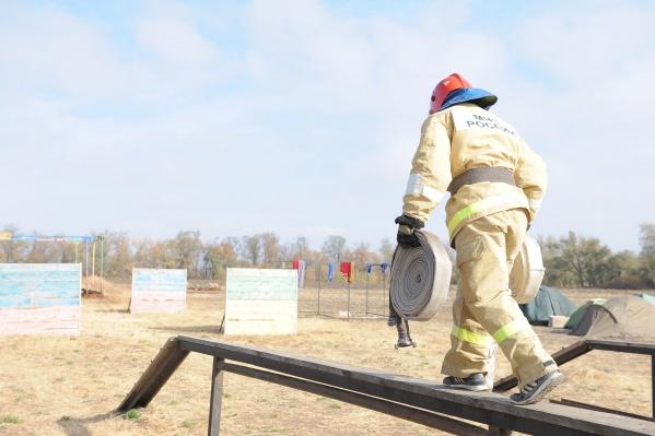В проведении занятий принимали участие специалисты Донского спасательного центра МЧС России