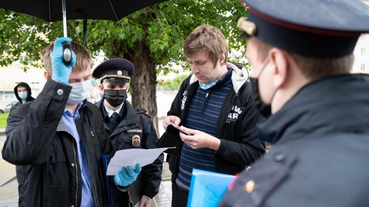 Патрули задержали более 280 волгоградцев за нарушение масочно-перчаточного режима