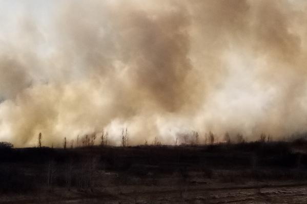 Такой дым, по сообщению читателя, поднялся в районе Чистой Слободы