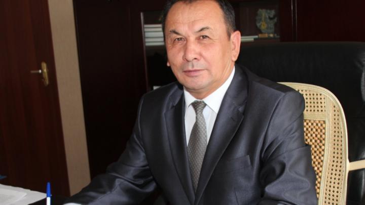 Экс-главу района в Башкирии оштрафовали за то, что не заплатил за ремонт дороги. И тут же простили