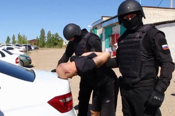 Заключенные «дотянулись» до жителей Владивостока, Иркутской области и Забайкальского края