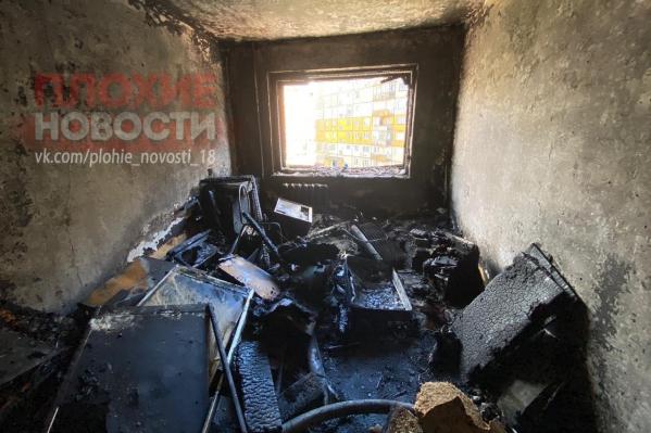 Пожар в одной комнате стоил человеку жизни