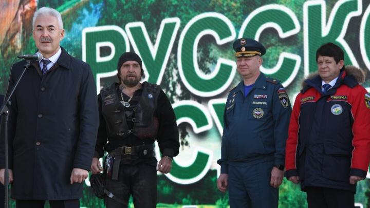 Байкеры и МЧС объединились для того, чтобы посадить деревья в Башкирии. А про маски и перчатки забыли