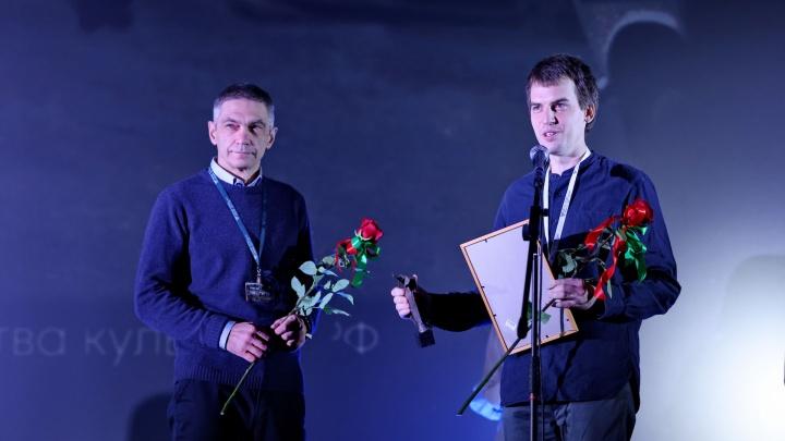 О красноярском хирурге, пришивающем кисти рук, сняли фильм, который взял приз кинофестиваля