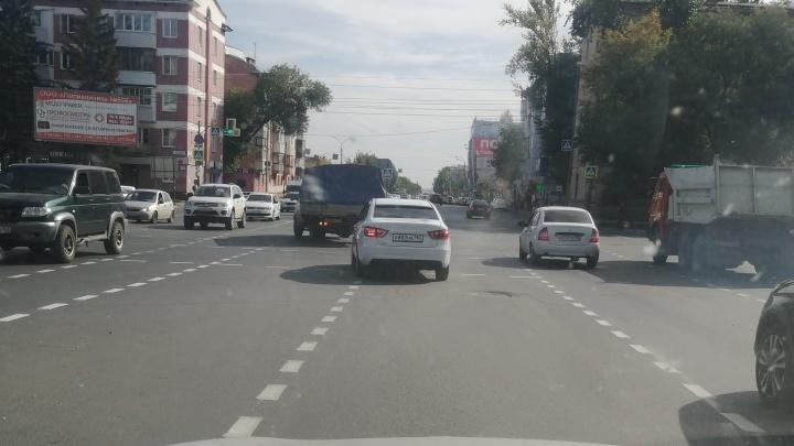 Самарские водители забраковали новую дорожную разметку на Авроре — Гагарина