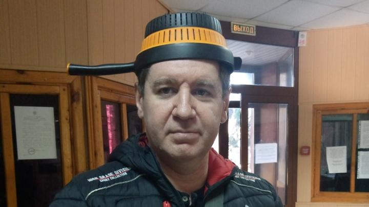 Нижегородец подал иск к МВД из-за запрета сфотографироваться на паспорт в дуршлаге