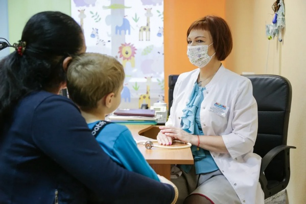 Руководитель Детского «Евромеда» Наталья Погребижская дает советы о том, как защитить иммунитет малышей от простуд, кишечных инфекций и паразитов