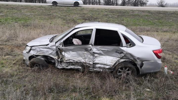 Волгоградец пострадал в крупном ДТП в Калмыкии