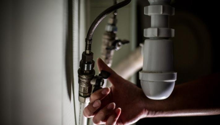 В Кировском районе 34 жилых дома остались без горячей воды