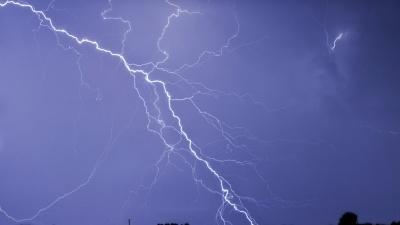Погода испортится очень резко: на Ярославль обрушатся ливни, грозы и порывистый ветер