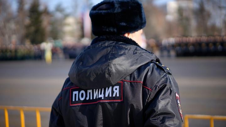 Полицейского обвинили в «непристойном поведении» из-за конфликта с кондуктором в автобусе