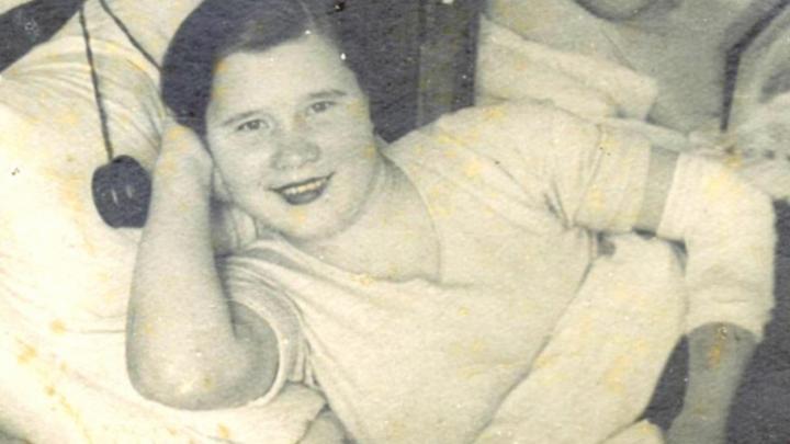 «Врачи собирали по косточкам»: после ранения фронтовичка сбежала из госпиталя в часть на костылях
