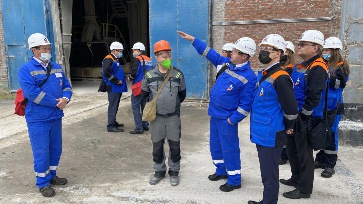 Замминистра промышленности и торговли РФ посетил пермское предприятие группы компаний «ГалоПолимер»