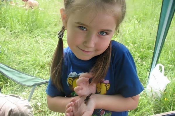 Фото сделано 12 июня 2010 года у скалы Ермак незадолго до исчезновения Кати