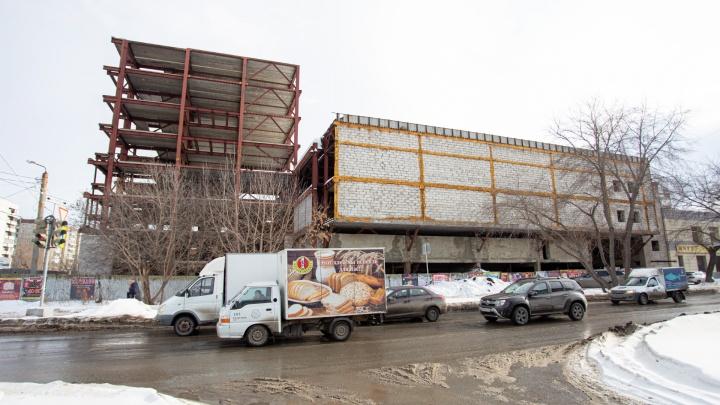 В Челябинске продают развлекательный комплекс, который начали строить 13 лет назад