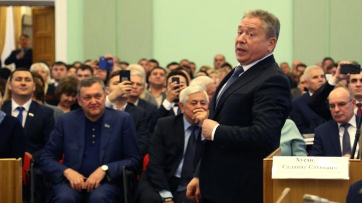 Мэр Уфы Ульфат Мустафин отменил бесплатный проезд для школьников и пенсионеров
