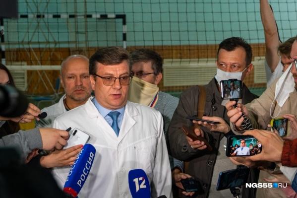 Претендент на должность министра здравоохранения — главврач БСМП-1 и ГБ-1 Александр Мураховский, лечивший Навального в Омске