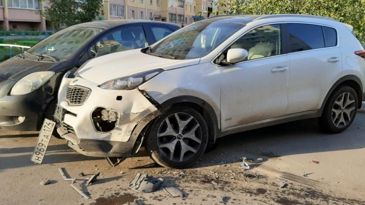 Сотрудники ГИБДД задержали челябинца, разбившего во дворе пять машин