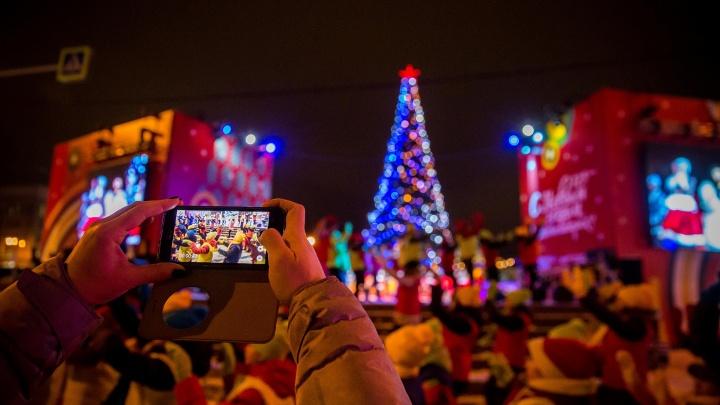 Новосибирск готовится к Новому году: город купит 20 тысяч килограммов конфет