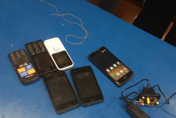Кузбассовец с помощью квадрокоптера пытался закинуть в колонию строго режима телефоны