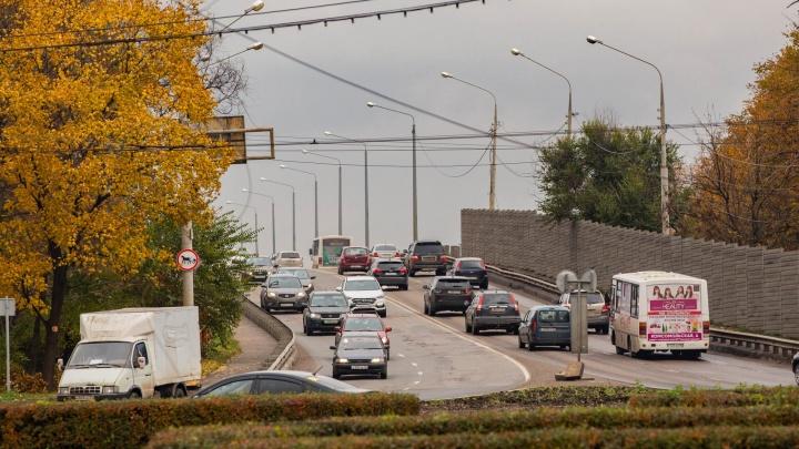 Идеально не будет никогда: власти раскрыли планы по ремонту дорог Ярославля на ближайшие пять лет