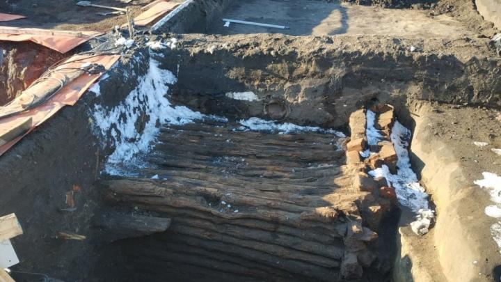 В Кургане археологи нашли в погребе XIX века монеты времён правления Александра II
