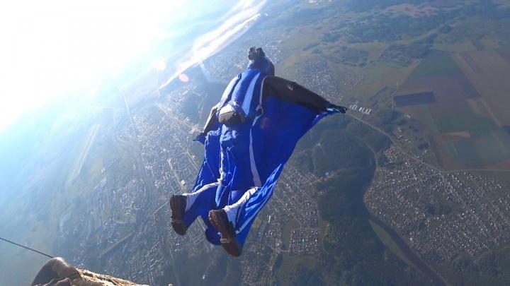 «Я буду прыгать до тех пор, пока будут силы»: интервью с отцом погибшего уральского бейсджампера