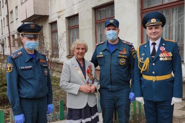 Галина Щеглова более 20 лет служила в пожарной охране и органах внутренних дел, начав ещё в НКВД