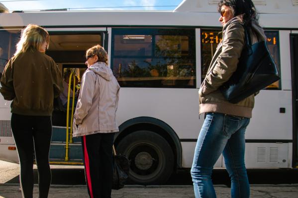 Любители отдыха на свежем воздухе с нетерпением ждут возобновления поездок на свои участки