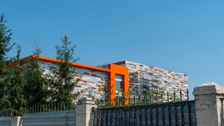 «Кедр», застраивающий парк 30-летия ВЛКСМ, задолжал 1,7миллиона за аренду земли